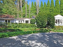 Highcroft - Charming, Backs On To Walking Trails photos Exterior