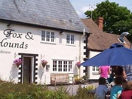The Fox & Hounds photos Exterior