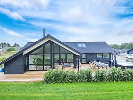 Awesome Home In Haderslev W/ Sauna, Wifi And 4 Bedrooms photos Exterior