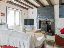 Quirky Charentaise Cottage photos Exterior