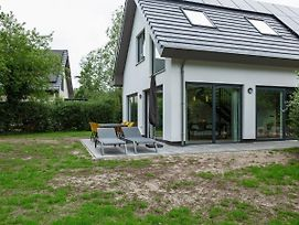 Luxury 6 Person Home On The Island Of Texel With Sauna And Sun Shower photos Exterior