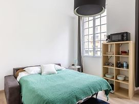 Airy Studio In Capucins - Victoire By Guestready photos Exterior