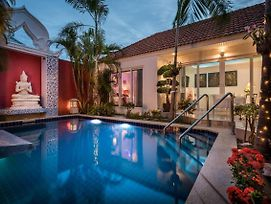 View Talay Luxury Pool Villas photos Exterior
