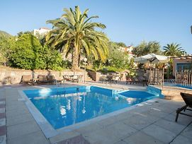 Serene Apartment In Lesvos Island With Swimming Pool photos Room