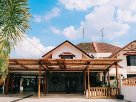 Camelia Homestay photos Exterior