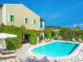 Kassiopi Villa Sleeps 10 With Pool Air Con And Wifi photos Exterior