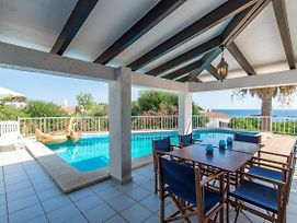 Binibequer Vell Villa Sleeps 6 With Pool And Air Con photos Exterior