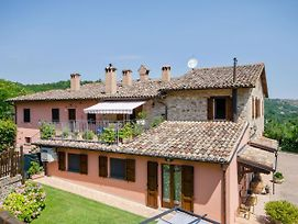 Serene Holiday Home In Urbino With Private Pool photos Exterior