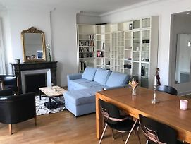 Beautiful Bright Apt In The Heart Of Downtown photos Exterior