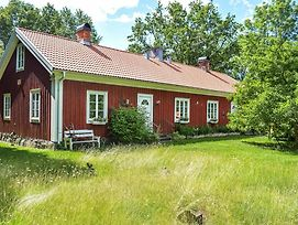 Awesome Home In Klavrestrom W/ Jacuzzi, Wifi And 3 Bedrooms photos Exterior