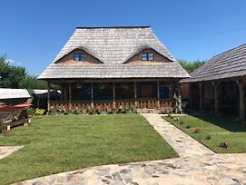 Casa Colt Din Maramures - Old Traditional House photos Exterior