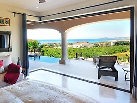 Oceanview Villa, Private Pool. Close To Beautiful Beach! Gated Community. photos Exterior