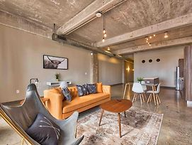 Exquisite Downtown Loft With Complimentary Valet photos Exterior