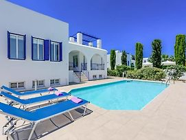 Villa In Latchi Sleeps 6 Includes Swimming Pool Air Con And Wifi photos Exterior