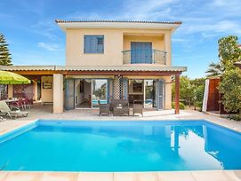 Villa In Latchi Sleeps 7 With Pool Air Con And Wifi photos Exterior
