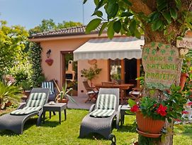 Scenic Villa In Lido Di Venezia With Garden photos Exterior