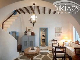 Unique Traditional House In Authentic Sikinos photos Exterior
