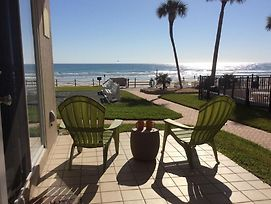 New Smyrna Beach Oceanfront Oasis Condo photos Exterior