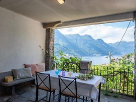 Little Country House In An Authentic Village Of Lake Como. Patio And Lake View photos Exterior