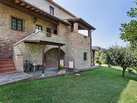 Attractive Holiday Home In Volterra With Swimming Pool photos Room