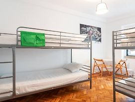 Hostel With 6 Rooms In Anjos photos Exterior