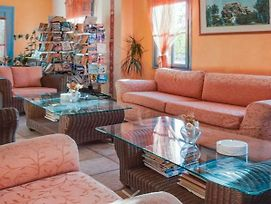 Appealing Apartment In Lesbos Island With Swimming Pool photos Room