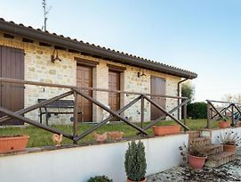 Lavish Holiday Home In Marsciano With Swimming Pool photos Exterior