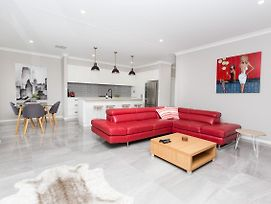 Best Central Wagga Townhouse photos Exterior