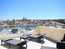 Comfortable Cosy Studio In Senglea With Rooftop Jacuzzi photos Exterior