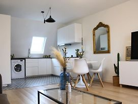 Bright And Cosy Apartment Very Well Located photos Exterior