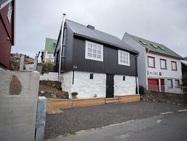 Two Bedroom Vacation Home In The Center Of Torshavn photos Exterior