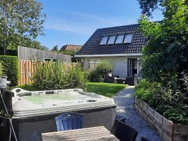 Holiday Home De Witte Raaf With Garden And Hottub photos Exterior