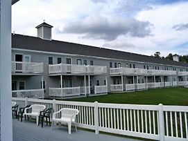 Vacation Resort Suites With River View In Bethel Maine photos Exterior