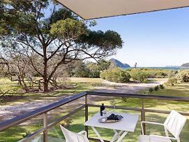 1 'Intrepid' 3 Intrepid Close Amazing Views Of Shoal Bay Only 100M From The Beach photos Exterior