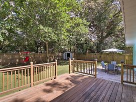 Home With Fire Pit - 5 Mi To Clearwater Beach! photos Exterior