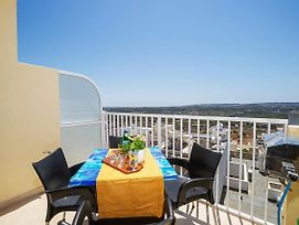 Summer Breeze Superior Apartment, Close To The Best Sandy Beaches In Mellieha photos Exterior