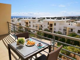 Sunny Apartment With Sea View In Albufeira photos Exterior