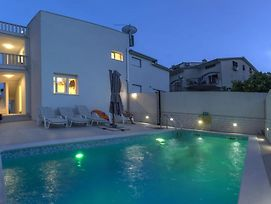 Nice Home In Seget Donji W/ Outdoor Swimming Pool, Jacuzzi And 3 Bedrooms photos Exterior