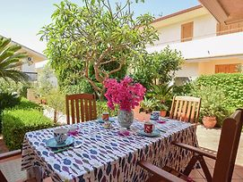 Beautiful Home In Marina Di Ragusa With Wifi And 2 Bedrooms photos Exterior