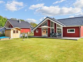 Awesome Home In Krems Ii/Warderbruck W/ Sauna And 3 Bedrooms photos Exterior