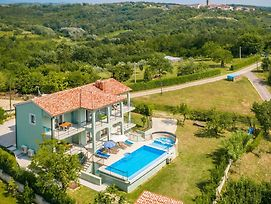 Holiday Home Motovun 59 With Outdoor Swimmingpool photos Exterior