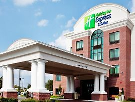 Holiday Inn Express & Suites Wilmington-Newark photos Exterior