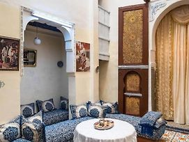 Family Room Sunny Riad Inside Medina Fes El Bali photos Exterior