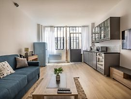Amazing 2 Bedrooms Flat In Central Paris -Bastille Up To 6 Guests! photos Exterior