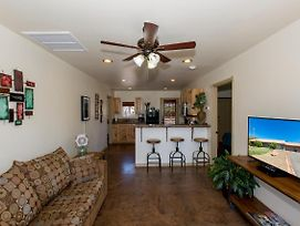 Short Distance To Hiking Trails, Quiet Area Exceptional Star-Gazing! Dog Friendly! photos Exterior
