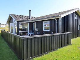 Three-Bedroom Holiday Home In Hjorring 16 photos Room