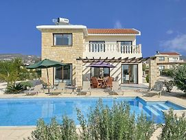 Villa In Pegeia Sleeps 6 Includes Swimming Pool Air Con And Wifi 2 8 photos Exterior