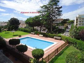 Apartaments Playas Fenals photos Exterior