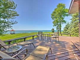 Relaxing Lake Michigan Retreat, 3 Mi To Beach photos Exterior