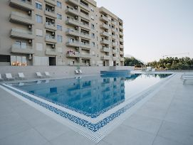 Apartments With Swimming Pool photos Exterior